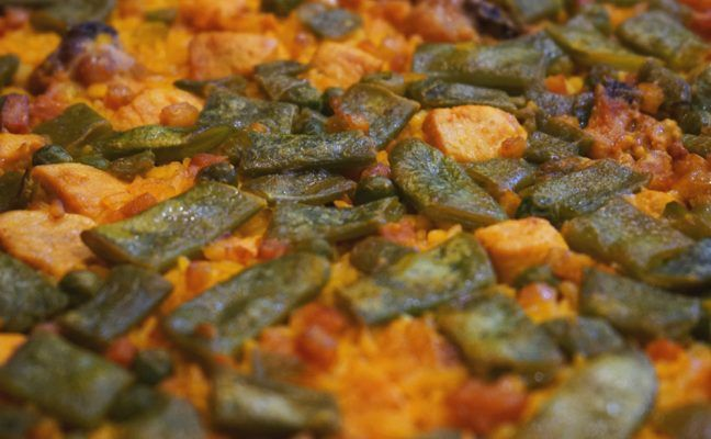 Paella de Carne y Verduras